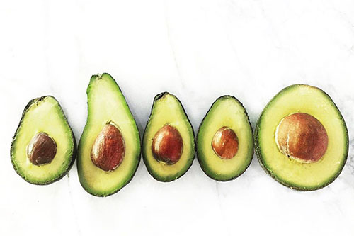 image of different sized avocados